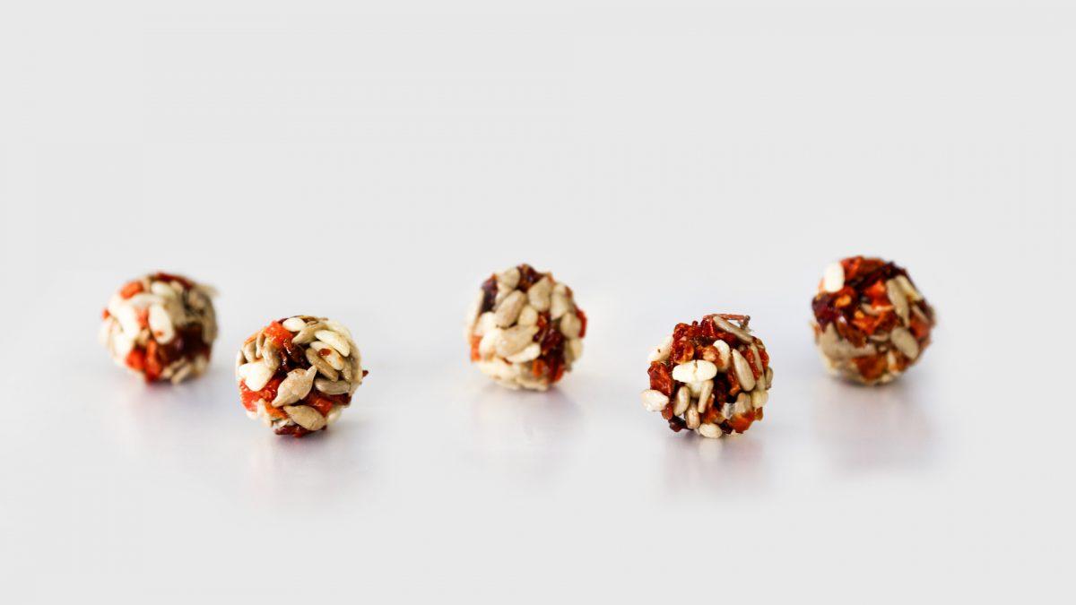 Healthy snacks cereal balls