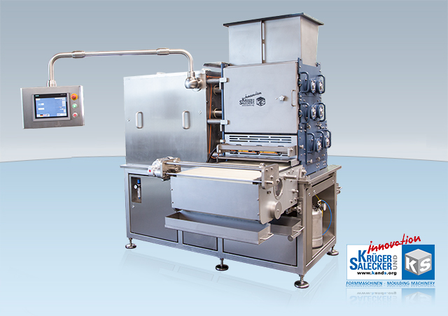 molding machine for fruitbars